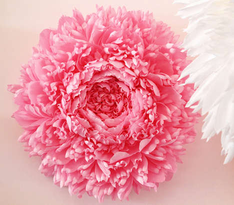 Giant Paper Flowers - Artist Tiffanie Turner Creates Gorgeous Lifelike Blooms