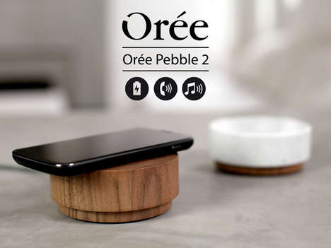Minimalist Circular Docks - The Oree Pebble 2 Charger Looks More Like a Pedestal