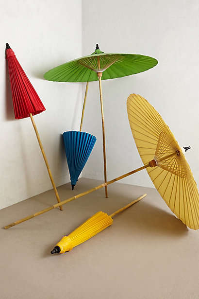 Vintage-Inspired Parasol Decor