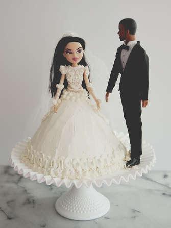 Celebrity Worshipping Cakes