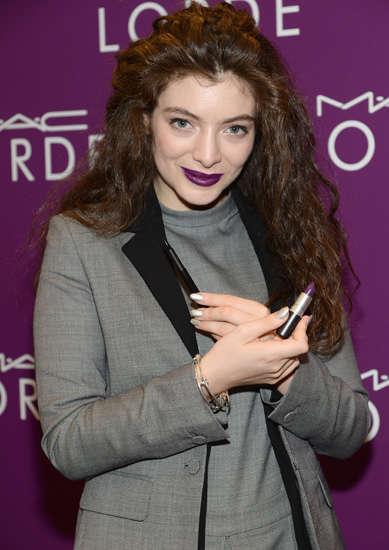Dark-Lipped Celebrity Cosmetics