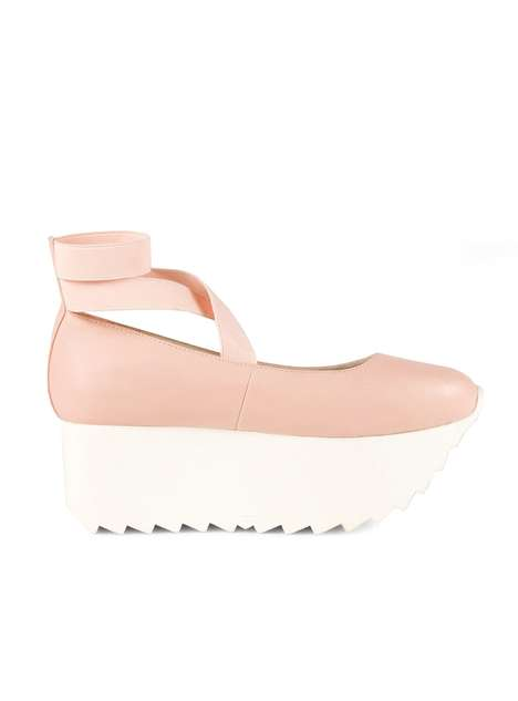 Dynamic Dancer Wedges