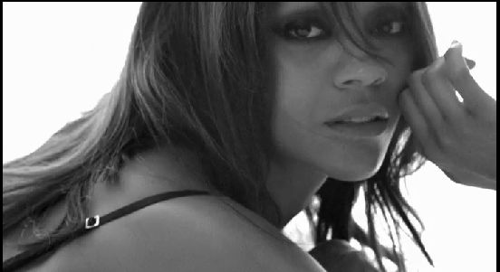 12 Hot Zoe Saldana Photoshoots