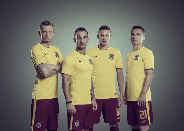 11 Sleek Soccer Jersey Designs