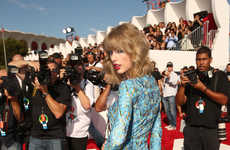 Form-Fitting Peacock Rompers - The Taylor Swift VMAs Outfit Consisted of a Short Turquoise Onesie