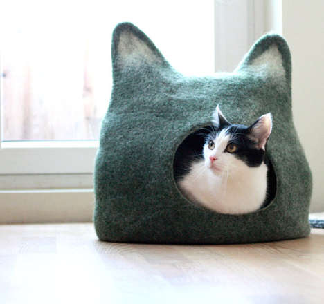 Felt-Crafted Feline Abodes - This Cat Bed from Etsy's AgnesFelt Shop is Charmingly Unique