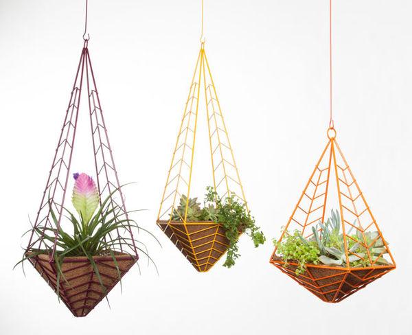 12 Hanging Planters