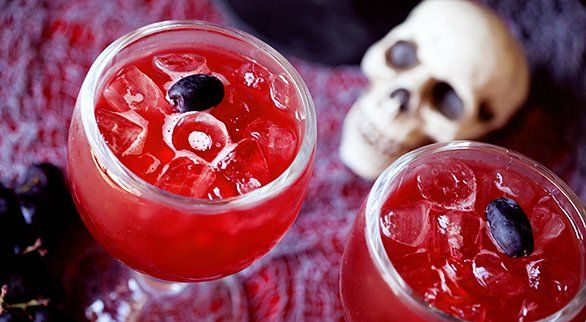 15 Halloween Drink Ideas