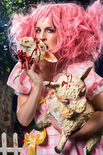 Edible Horror Farms - Miss Cakehead is Hosting Her Annual 'Cakeageddon' for Halloween