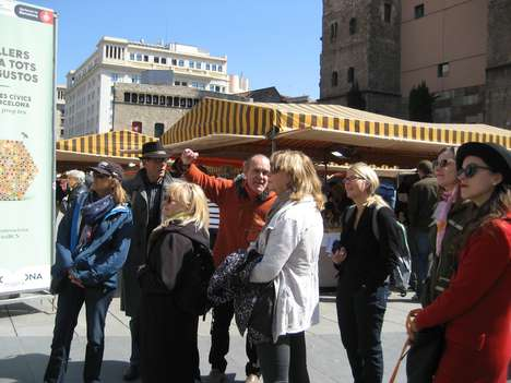 Formerly Homeless Tour Guides - The Homeless Tour Guides Help Tourists Discover Barcelona