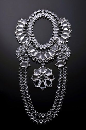 50 Festive Statement Necklaces