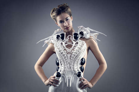 Robotic Spider Dresses (UPDATE) - Anouk Wipprecht Designs an Outfit that Protects Its Wearer