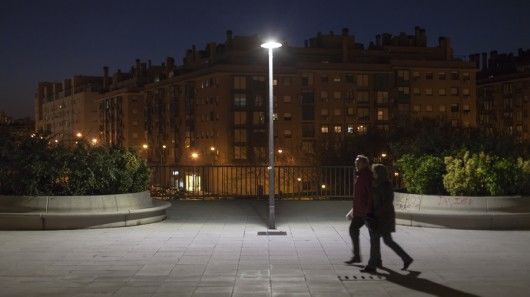 12 Examples Of Modern Street Lighting