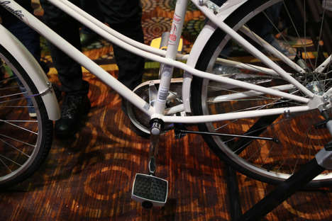 Integrated Geotracking Pedals
