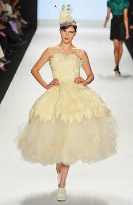 Alexander Mcqueen Wedding Dresses.Feather Wedding Dress Knock Offs Project Runway Copies