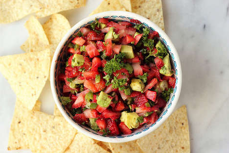 Strawberry Salsa Recipes - This Variation on a Mexican Dish is For Those Who Adhere to a Clean Diet