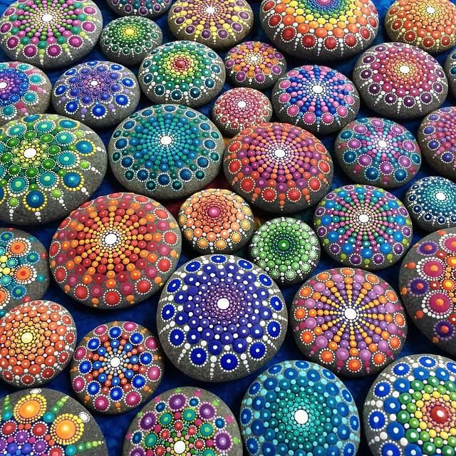 Painted Stone Crafts