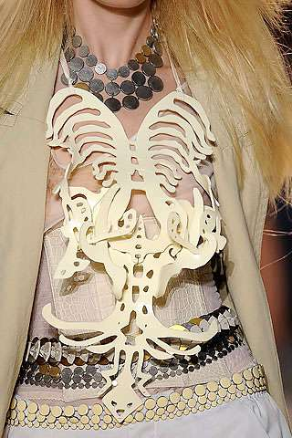 17 Macabre Luxe Fashions Inspired by Skeletons