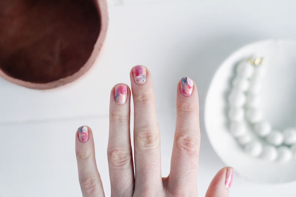 20 Easy Nail Tutorials