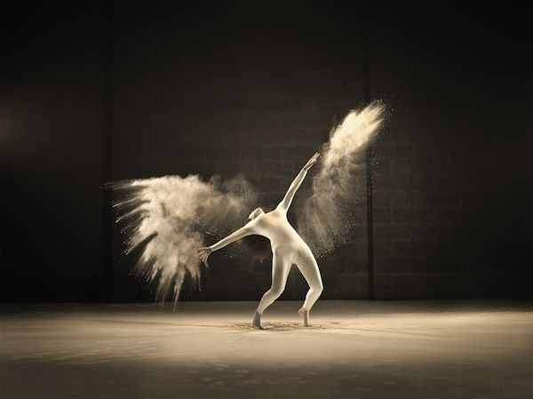 36 Dynamic Dance Photographs