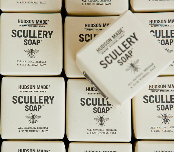 43 Examples of Beautiful Soap Branding