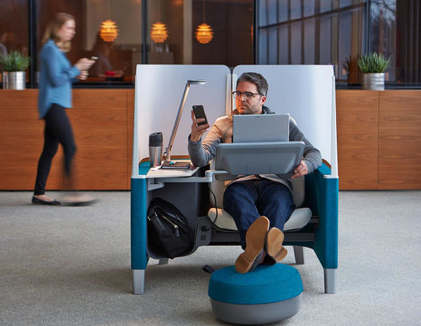 30 Examples of Futuristic Seating