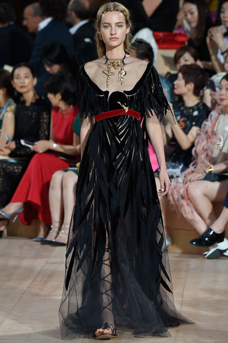 Ancestral Roman Couture - This Valentino Fall Couture Collection Revives Traditional Italian Style