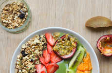 Smoothie Breakfast Bowls - This Beautiful Green Goddess Smoothie Recipe is a Healthy Morning Meal
