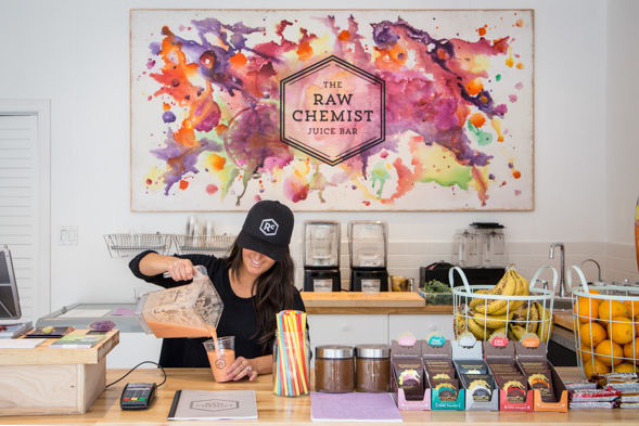 13 Examples of Juice Bar Merchandising