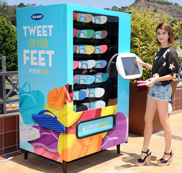 17 Social Media Vending Machines