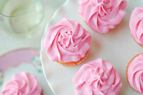 Wine-Infused Pink Cupcakes - The Strawberry Moscato Dessert Works for People Watching Their Weight