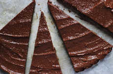 No-Bake Chocolate Tarts - This Homemade Raw Chocolate Tart Has a Delicious Cashew Coffee Crust
