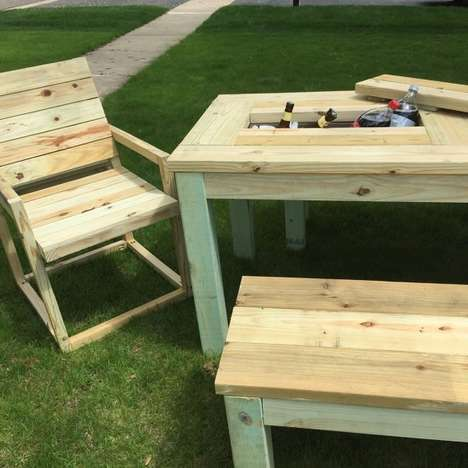This Rustic Picnic Table Has Its Own Built-In Cooler