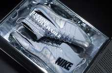 Platinum Footwear Invitations - The Nike Football Untouchable Package Was Sent to the Texas Top 16