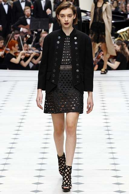 Functional Royalty Couture - The Burberry Prorsum Spring/Summer Line Offers Modern Regal Wear