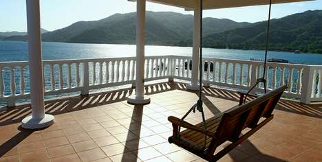 Four-Storey Island Resorts