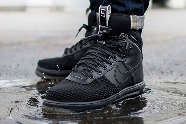 15 Fashionable Rain Shoes