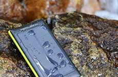 Rugged Eco-Friendly Batteries - The ZeroLemon SolarJuice is Solar Powered and Water-Resistant