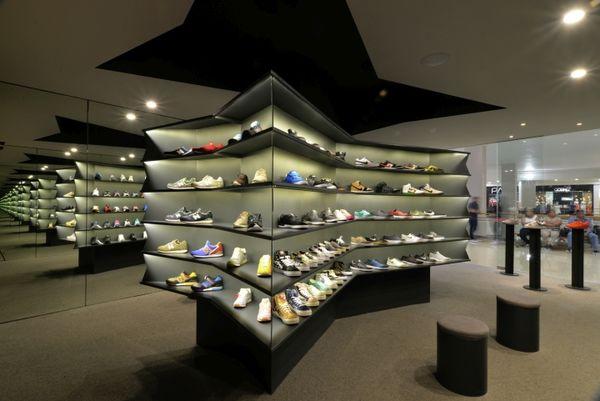 Gallery Sneaker Shops : laces shoe store
