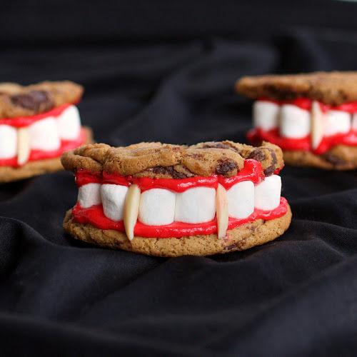 60 Festive Halloween Desserts