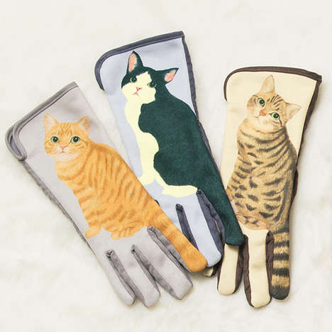 Tail-Wagging Cat Gloves - These Smartphone Conductive Gloves Make Index Fingers Look Like Cat Tails