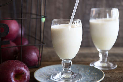 Caramelized Apple Smoothies - This Rich Smoothie is an Easy Way to Have Dessert for Breakfast