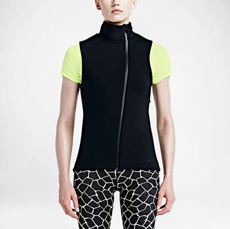 Layerable Insulating Sportswear - Nike Therma-Sphere Max Vest Keeps Core Warm in Cold Climates