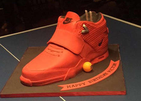 Sneaker-Promoting Birthday Cakes - Victor Cruz' Birthday Cake is Shaped Like the Air Trainer Cruz