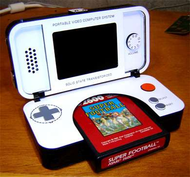 DS-inspired Atari 2600 Portable