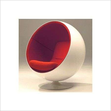 Flashback: The Eero Aarnio Ball Chair is Still Hot