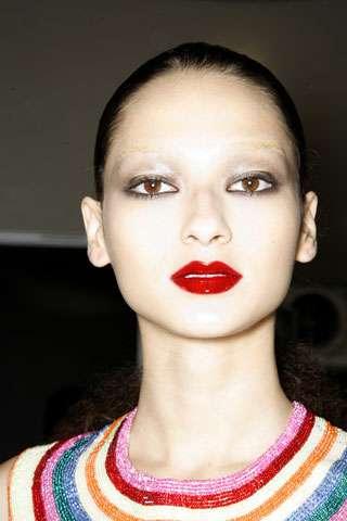 Vampire Chic Makeup