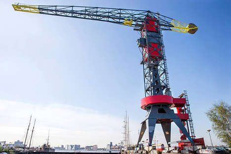 Construction Crane Hotels