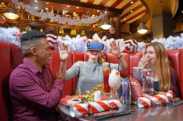 Festive VR Dining Experiences
