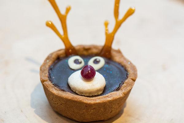 75 DIY Christmas Desserts